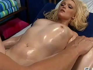 Meat hardens with alluring Zoey Paige'_s poontang