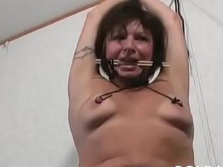 Stunning bimbo and loud orgasm