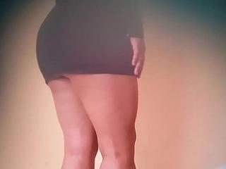 Upskirt debajo de la mesa con mi secretaria sexy