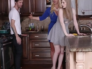 Stepdaughters Day Seduced By Mummy