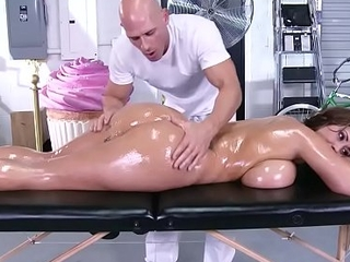 Brazzers - immodest masseur - (eva notty) - massive mounds on the receptionist